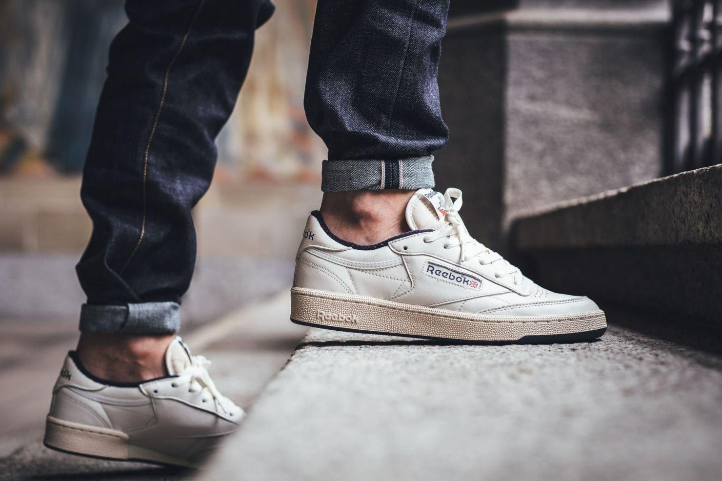 Los mejores sneakers blancos para hombre que todos deberían tener