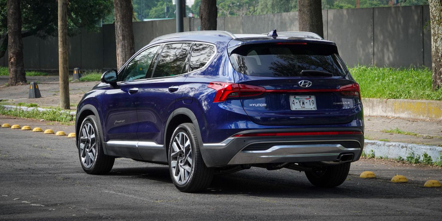 Enamórate de la nueva camioneta Hyundai Santa Fe 2022