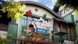 Downtown Disney Dining at Naples.