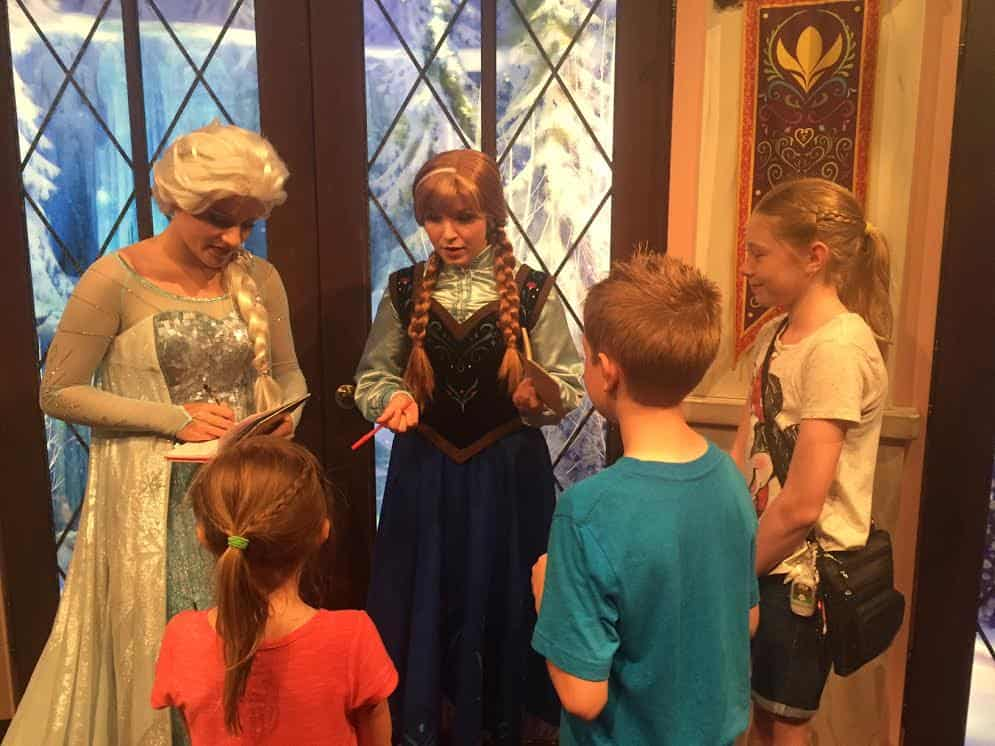 Meet disneyland princesses the happiest blog on earth m4hsunfo