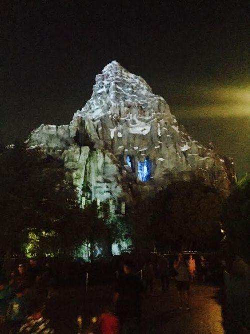 Complete Disneyland Ride Guide.