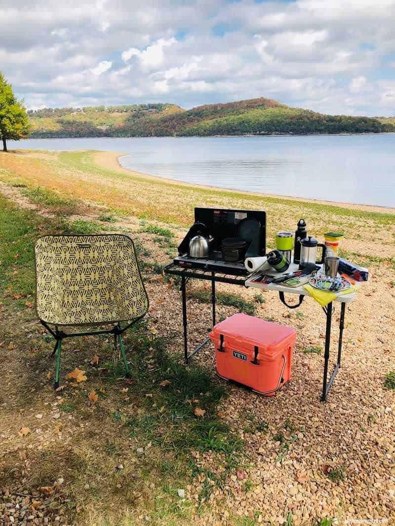 simple-camp-kitchen-lake-camping