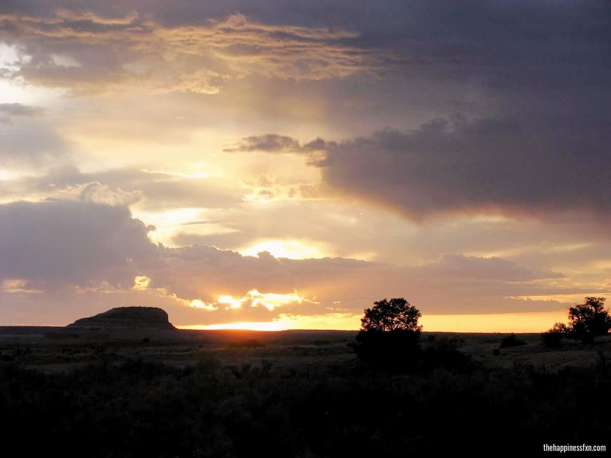 canyonlands-desert-sunset