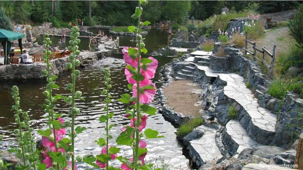 strawberry-park-hot-springs-in-colorado