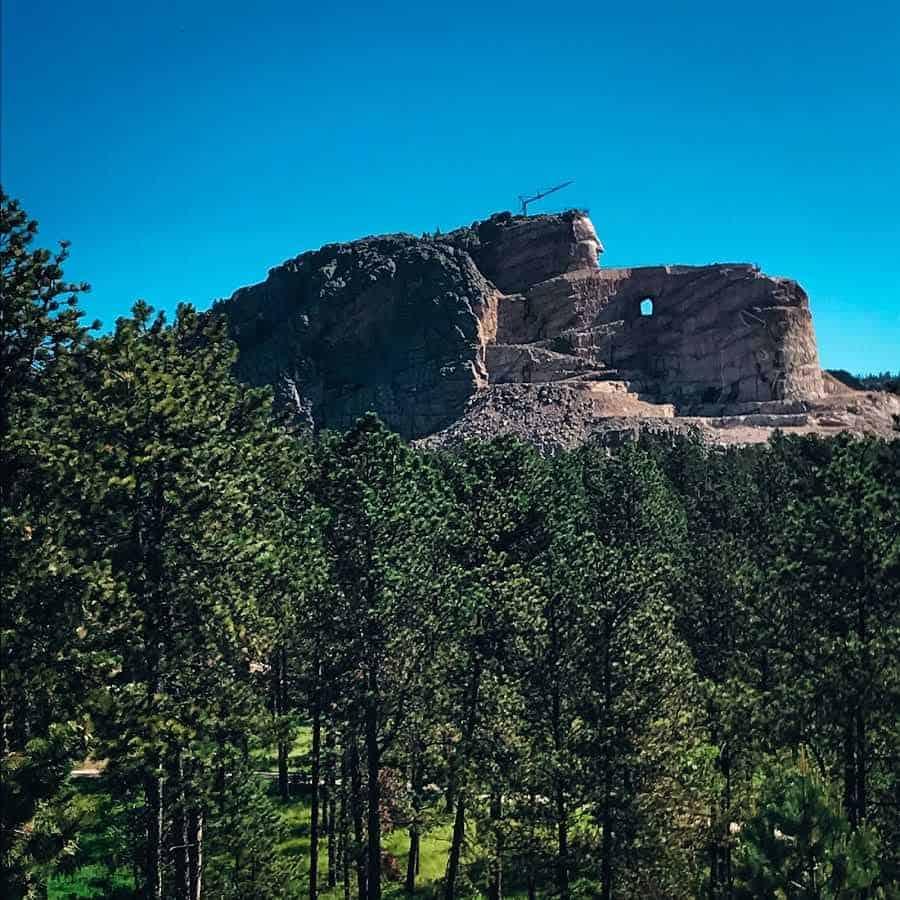 crazy-horse-memorial-custer-south-dakota