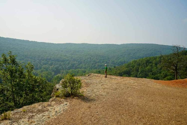 yellow-rock-trail-overlook-arkansas