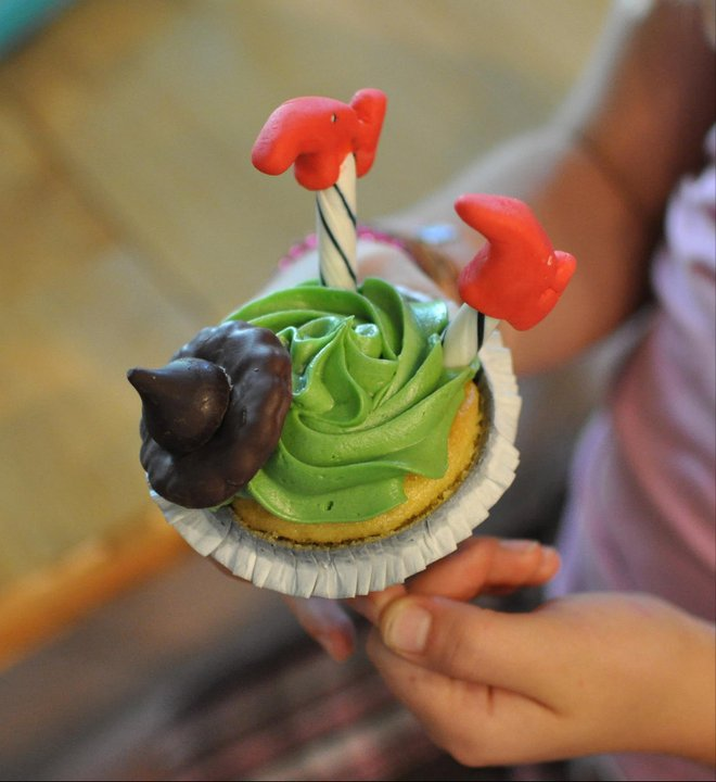Wizard of Oz | Wicked Witch Cupcakes