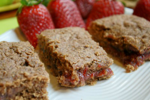 Gluten-Free Cereal Bars | The Happy Housewife