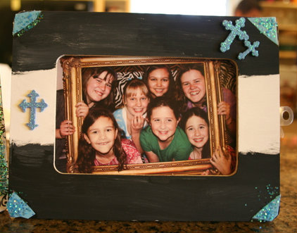 Frame Party Favor