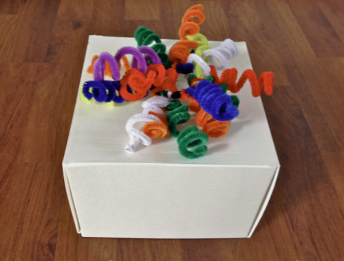 pipe cleaner gift decorations