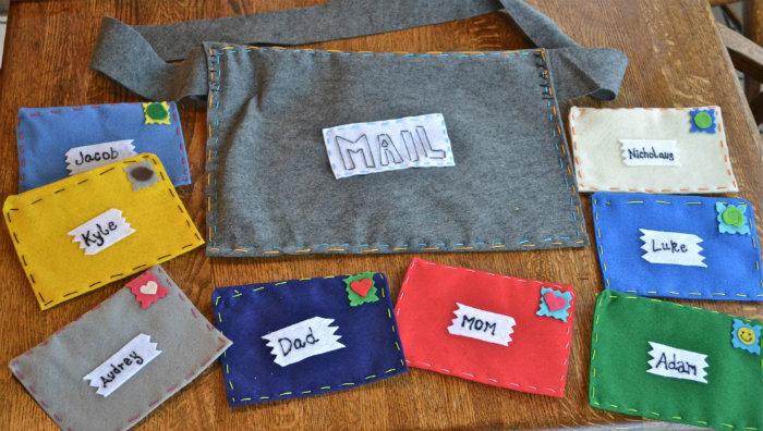 Felt Family Mail Kit Homemade Christmas Gifts The Happy