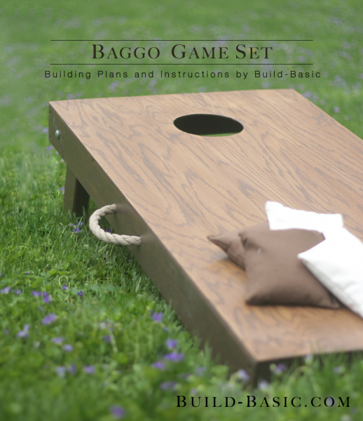 This Baggo Game Set from Build-Basic makes a great gift for anyone who enjoys hosting outdoor parties. 100 Days of Homemade Christmas Gifts at The Happy Housewife