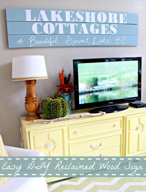 Easy DIY Large Reclaimed Wood Sign at thehappyhousie