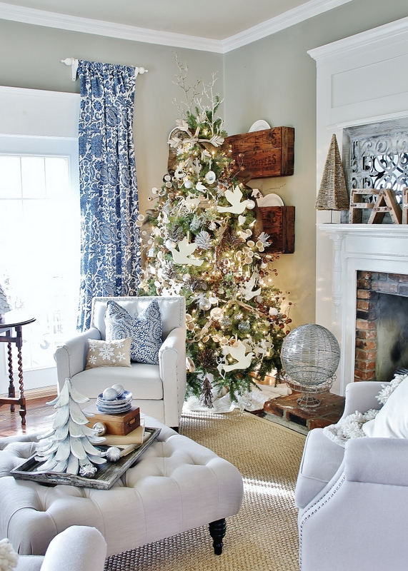 A Blue Blue Christmas Style Series The Happy Housie