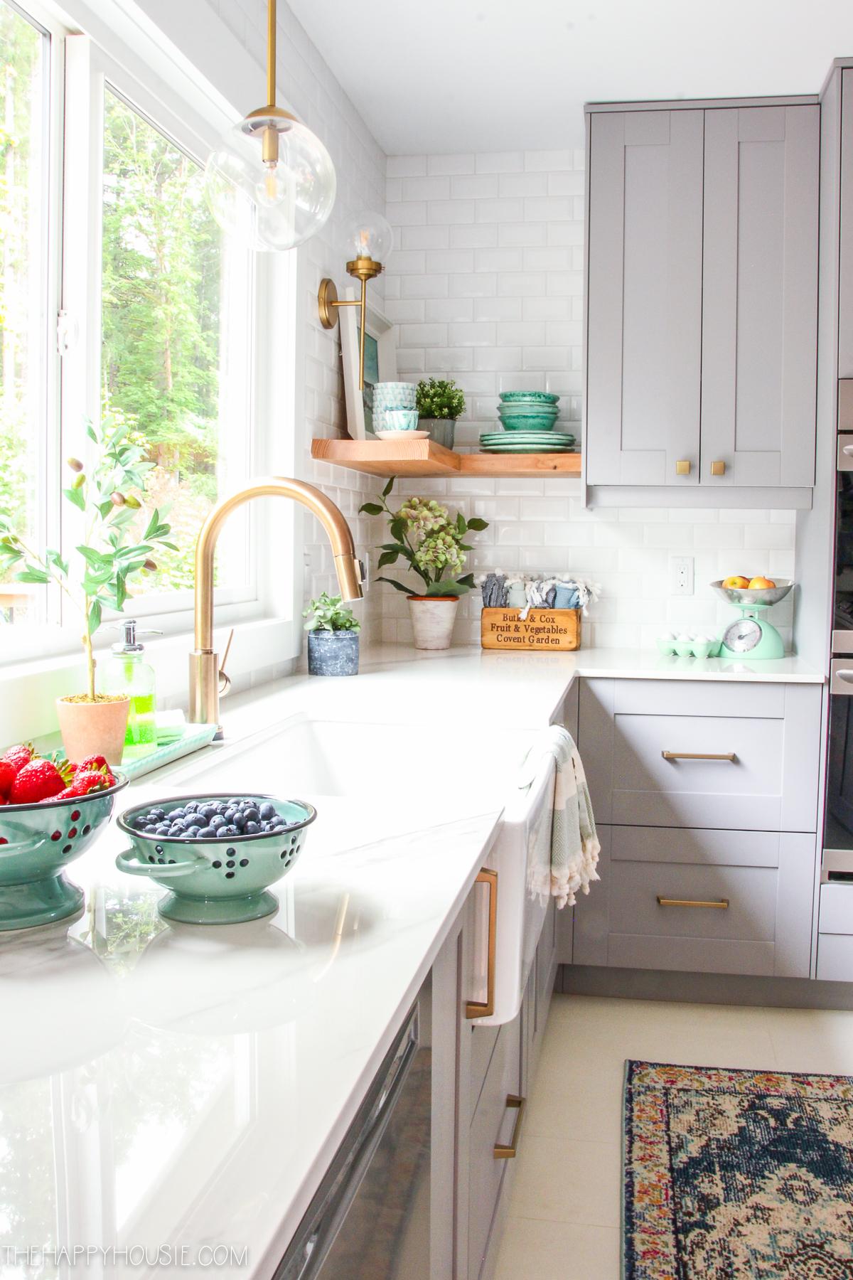beautiful kitchen finishes