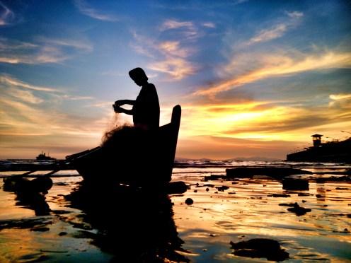 Sun sets, Have a rest.