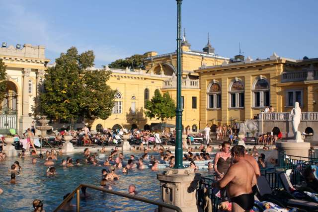 Szechengi thermal baths
