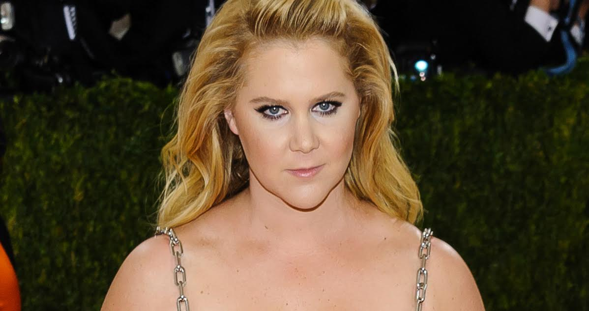 People Trashing Amy Schumer Are Sexist, She's Really Funny for a Chick