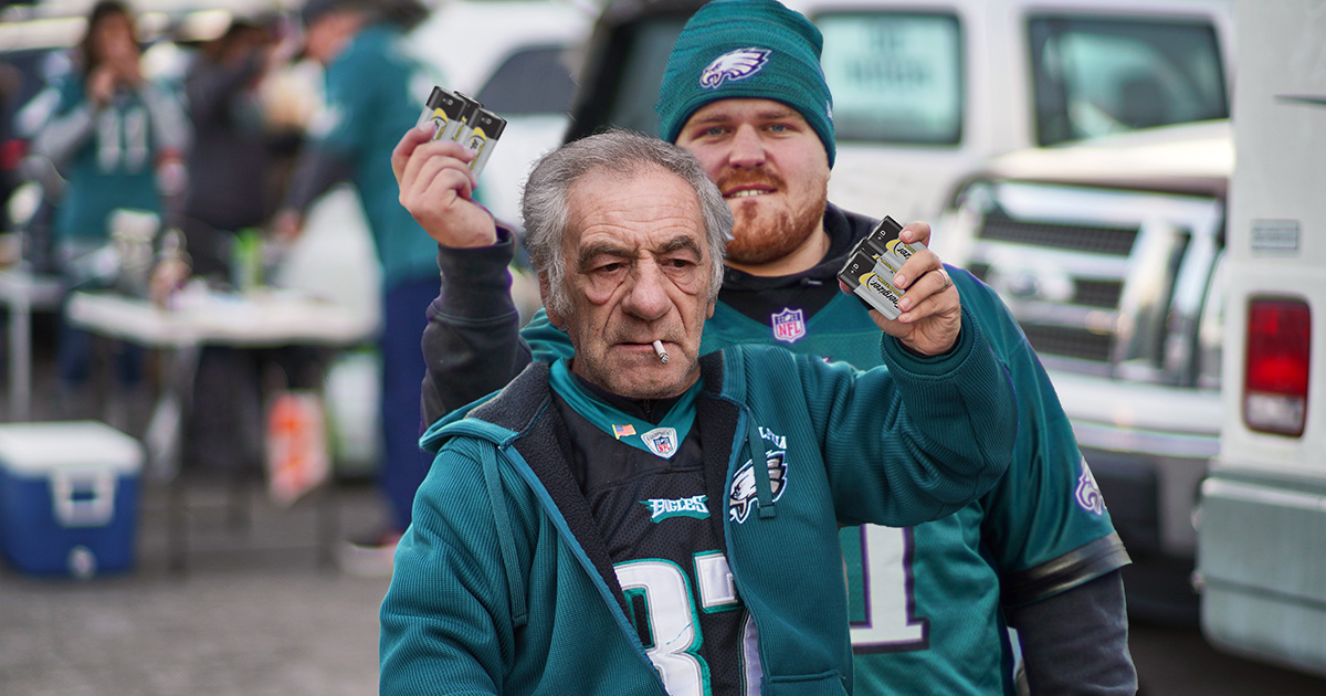 philly, throwing, batteries, eagles, super bowl