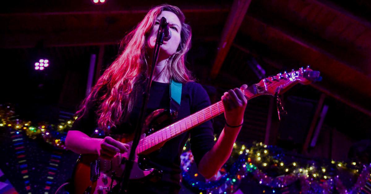 female, musicians, exposure