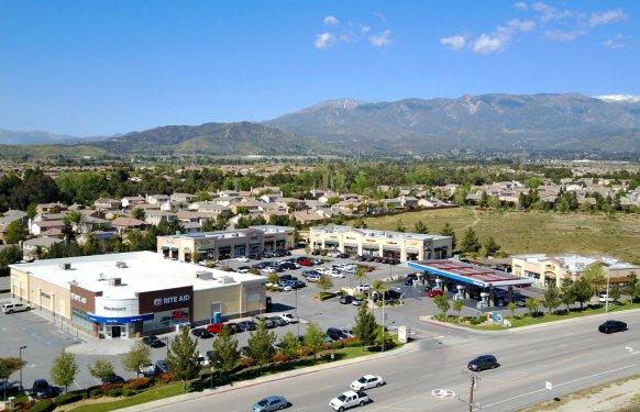 Oak Valley Shopping Center Beaumont Ca