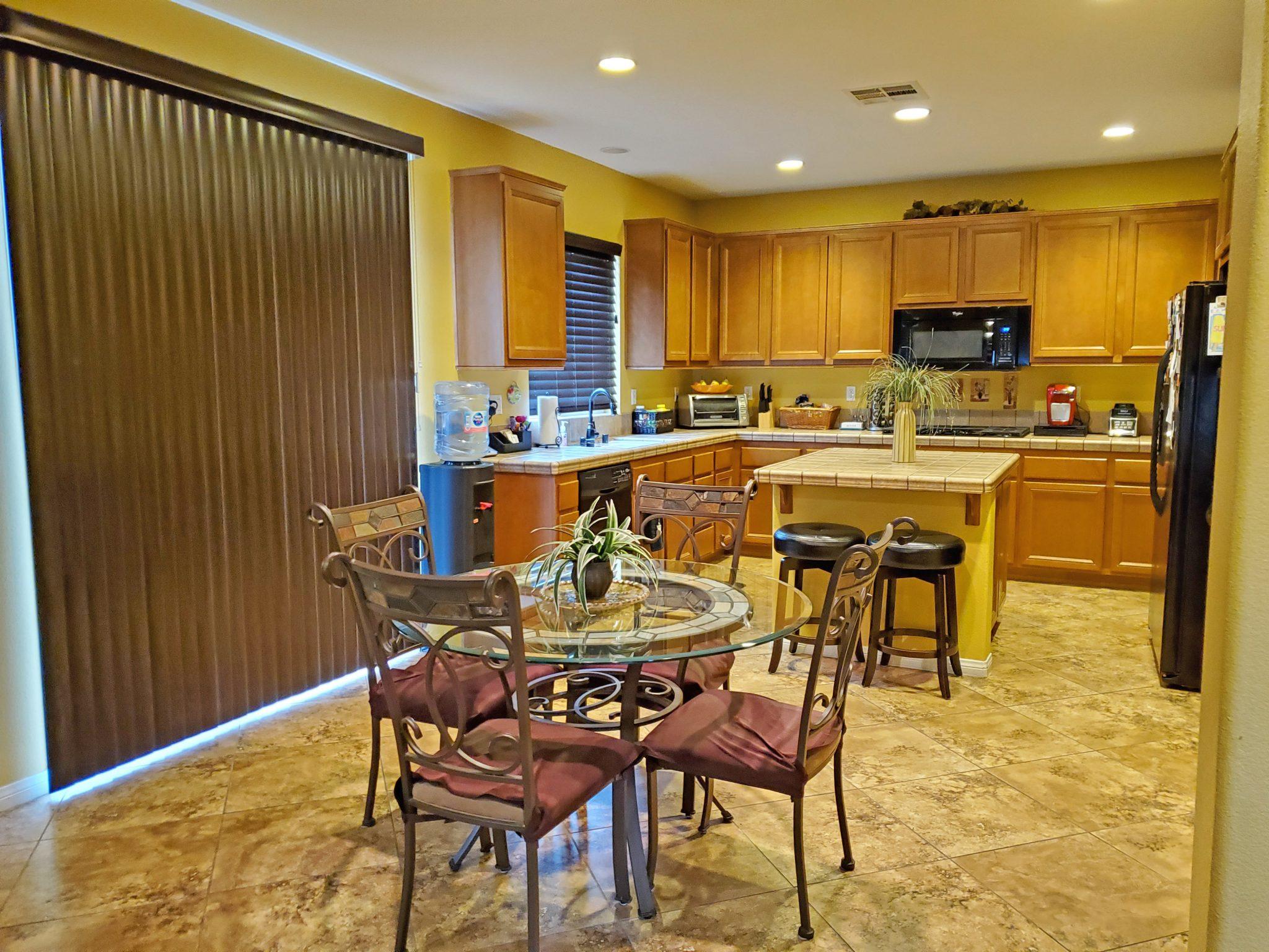 123 Boston Ave., Beaumont, Ca. 92223 Kitchen