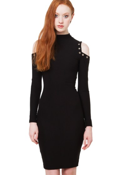 OFF_SHOULDER_CUTOUT_GROMMET_DETAIL_BODYCON_MOCK_NECK_DRESS_BLACK_4__93739.1450139409.500.750
