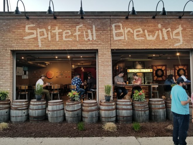 Spiteful brewing-chicago-date ideas-the haute seeker