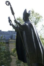 Bishop Wardlaw statue (3)
