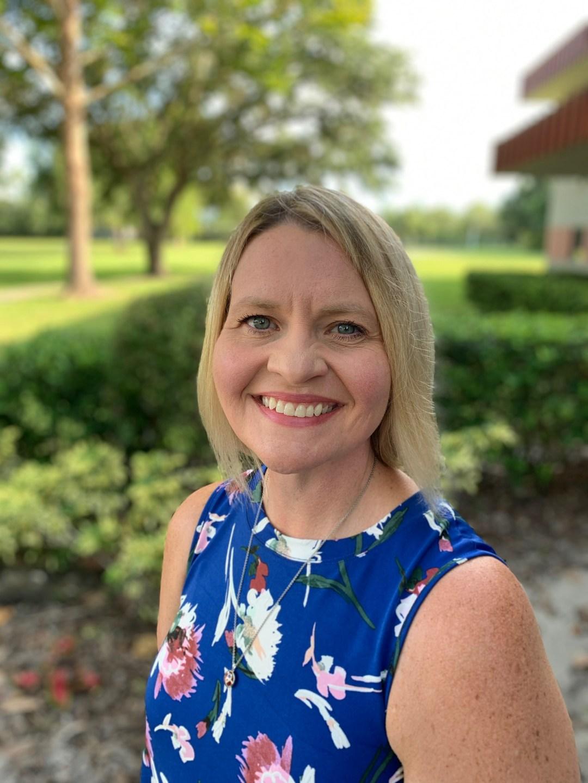 Suzanne Smith