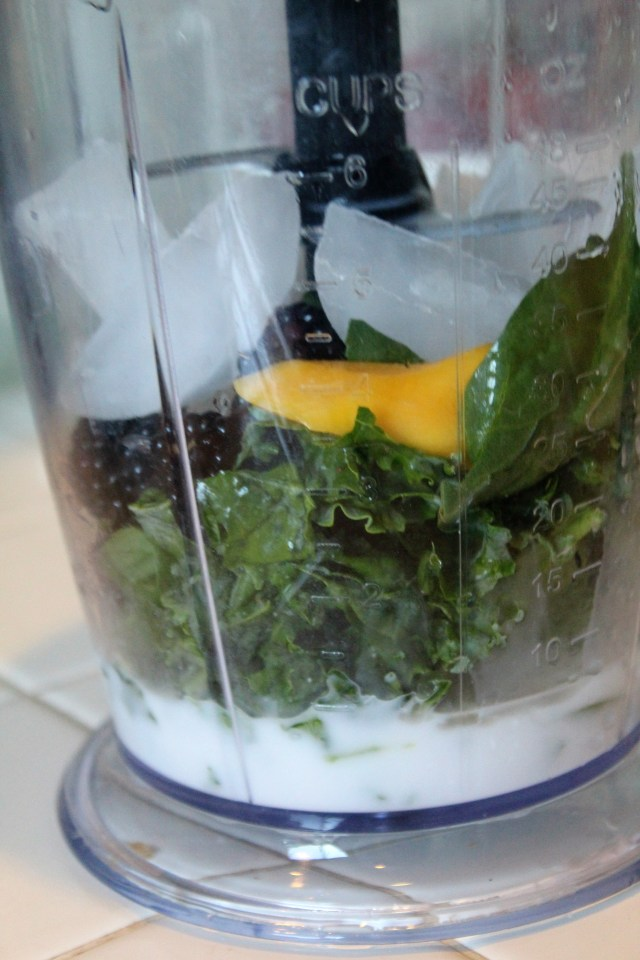 Simple and refreshing green smoothie recipe