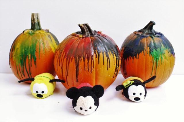 Disney Inspired Crayon pumpkins, the perfect family Halloween craft!