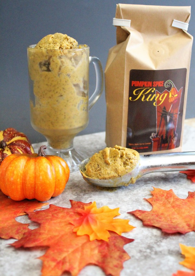 Enjoy a guilt-free fall with this amazingly creamy vegan pumpkin spice ice cream!