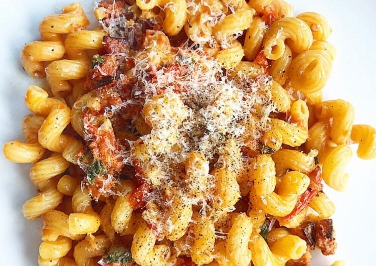 Chorizo and Mozzarella Pasta Bake