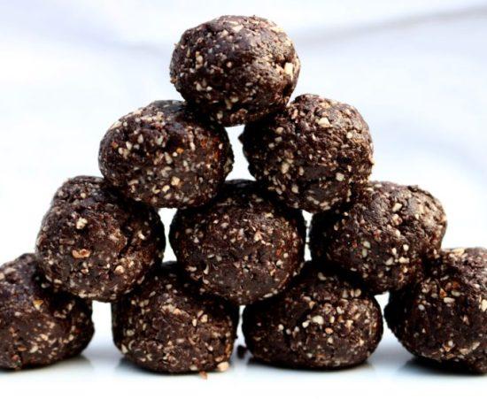 Dark Chocolate Protein Balls