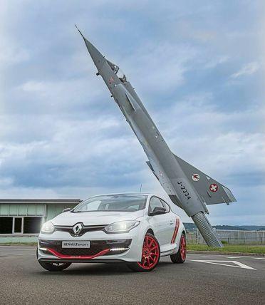 Renault-Mégane-RS-Trophy-R-AIR14-7