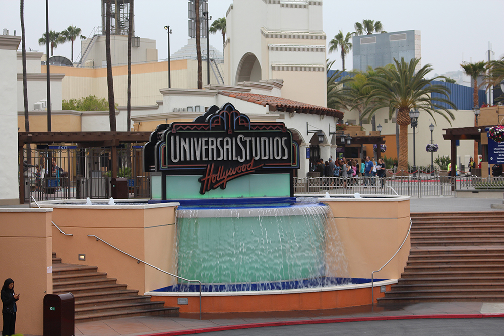 universal studios - theheartofabookblogger