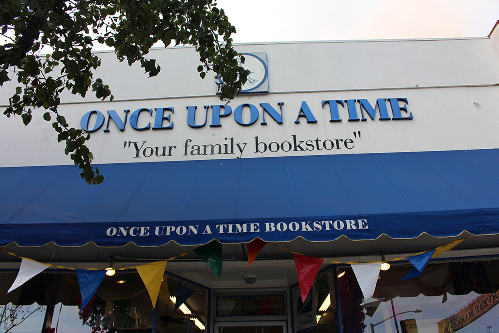 once upon a time bookstore - theheartofabookblogger