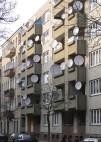 http://commons.wikimedia.org/wiki/File:Berlin-neukoelln_satellite-dishes_20050314_p1010596.jpg