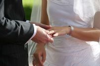 http://en.wikipedia.org/wiki/File:Weddingring-JH.jpg