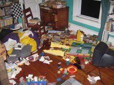 http://commons.wikimedia.org/wiki/File:Lego_mess.jpg