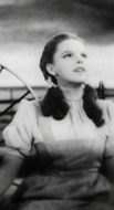 https://commons.wikimedia.org/wiki/File:Judy_Garland_Over_the_Rainbow_2.jpg