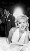 https://commons.wikimedia.org/wiki/File:Marilyn_Monroe_Lexington_Subway_Image_(14551832204).jpg
