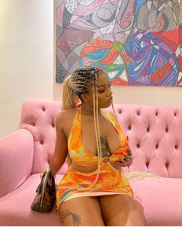 In a now viral video, Angel who's steadily changing into a favourite contestant for a lot of who're following the truth present was seen grinding on Sammie on the Jacuzzi Celebration.  Video under:  The video has since sparked reactions on social media.  Feedback under: