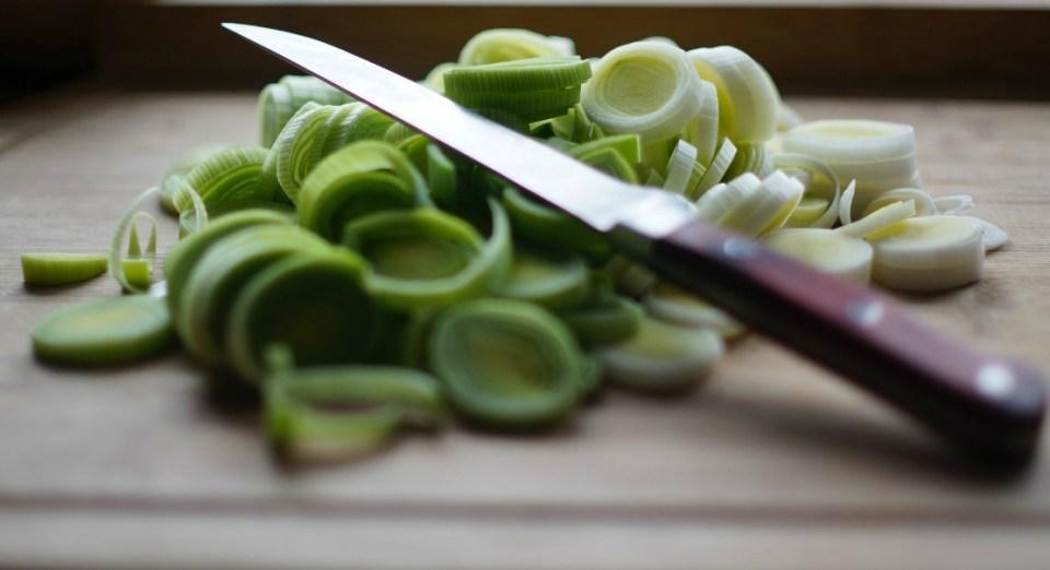 knife-leeks