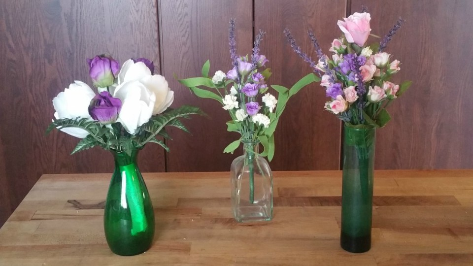 How To Make A DIY Mother's Day Bouquet With The Language of Flowers | Herbal Academy | This Mother's Day, let us show you how to make a DIY Mother's Day Bouquet using the nearly forgotten art of floriography.
