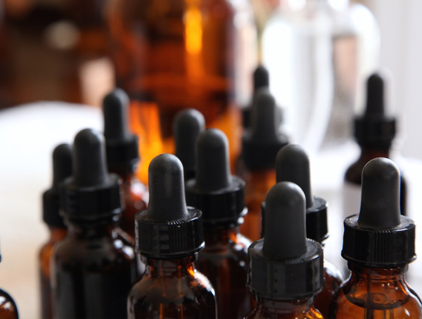 Advanced Tincture Formulation in the Advanced Herbal Studies at the Herbal Academy
