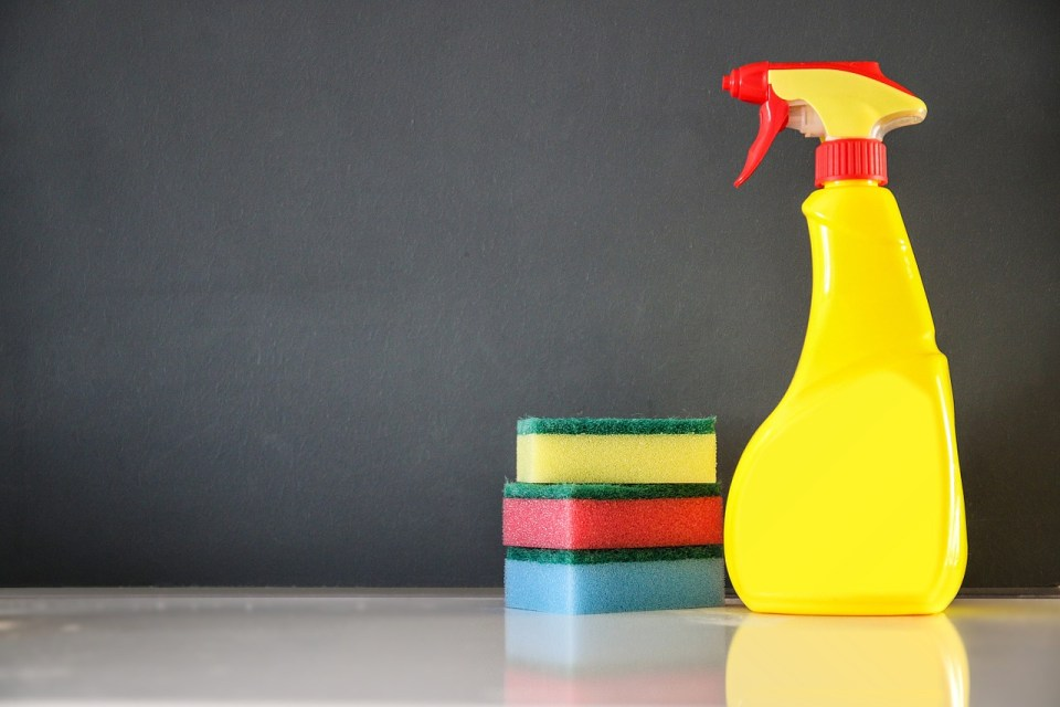 Aromatic Spring Cleaning With Essential Oils | Herbal Academy | What if you could make spring cleaning less onerous by using products that support your health? Here are six cleaning recipes using essential oils!