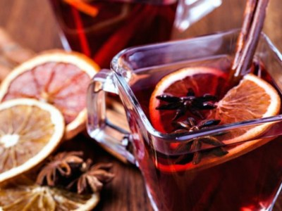 How To Make Mulled Wine For Holiday Celebrations | Herbal Academy | Instead of going with a plain bottle of wine, try spicing things up with this homemade mulled wine for your holiday celebrations!