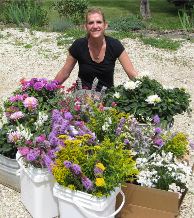 Teacher Feature: Carey Denman | Herbal Academy | We are excited to share this month's interview with Carey Denman! Join us as she shares her experience as a community herbalist, and associate educator here at the Herbal Academy!
